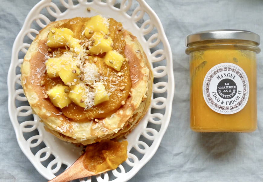 RICOTTA PANCAKES WITH MANGO, COCONUT & WHITE CHOCOLATE SPREAD